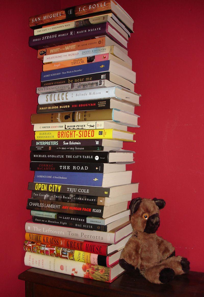 Bookeywookey_pile