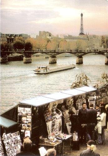 Les Bouquinistes des Paris et La Passerelle des Arts